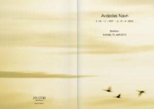 Tradisjonell programhefte med fuglemotiv fra Jølstad