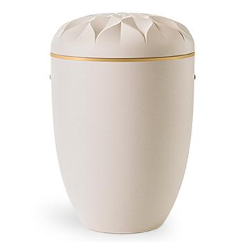 Biourne i hvit, med tynn gullkant kan bestilles hos Jølstad Begravelsesbyrå
